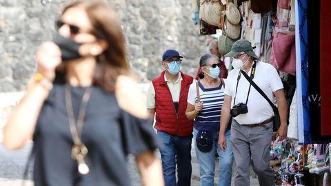 Ambiente en Valença en el primer día de cambio de horarios