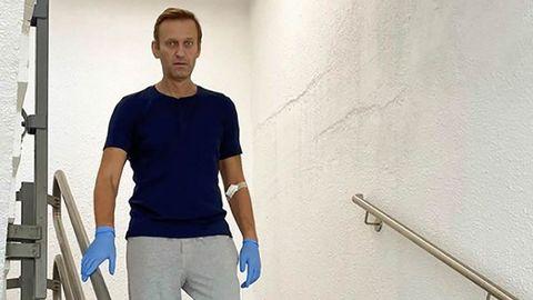 Navalni, durante la recuperación de su envenenamiento en un hospital de Berlín