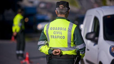 Imagen de archivo de la Guardia Civil de Tráfico, que interviene en el accidente mortal registrado esta tarde en Mondoñedo