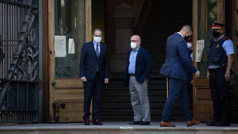 El presidente de la Generalitat, Quim Torra, entra en el TSJC donde se negó a declarar en la segunda causa abierta contra él por desobediencia