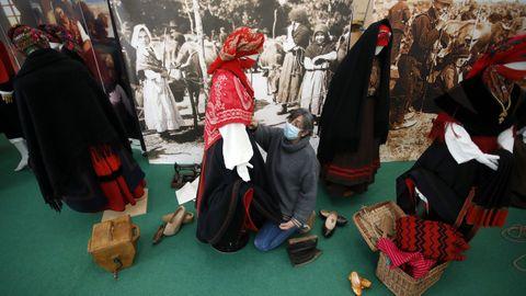 Traxandaina permite coñecer a historia do traxe galego ata os primeiros anos do 1900