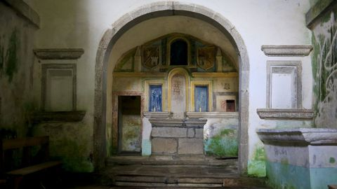Interior de la iglesia de Soutomerille