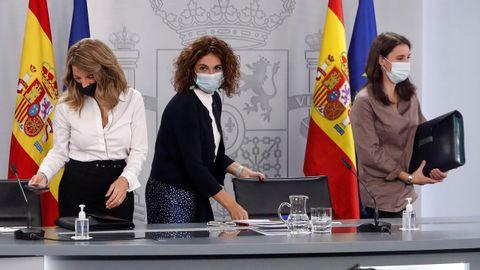 Yolanda Díaz, María Jesús Montero e Irene Montero