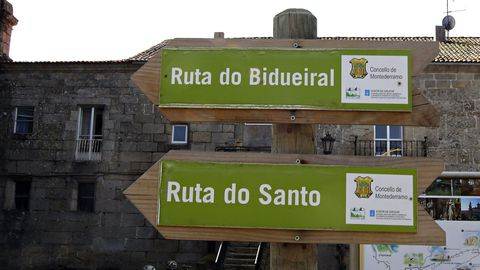 Señales de las rutas de senderismo del municipio de Montederramo