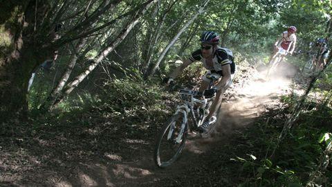 En el programa figura un curso de bicicleta de montaña