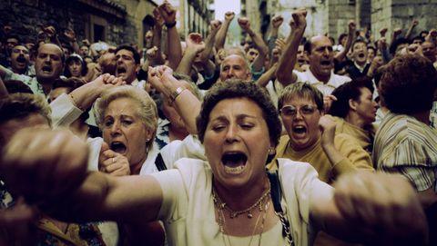 Fotograma del documental, que repasa doce días claves para el País Vasco y para España