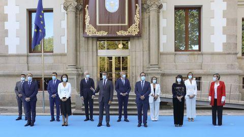 Toma de posesión del nuevo Gobierno de la Xunta, frente al Parlamento de Galicia, a principios de septiembre
