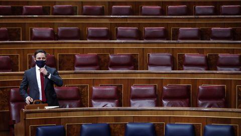El líder de Vox, Santiago Abascal, tomo asiento durante la moción de censura de su partido al Gobierno