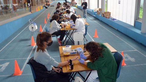 La Universidad empezo con pruebas de cribado a los estudiantes, con test rápidos enviados por el Sergas