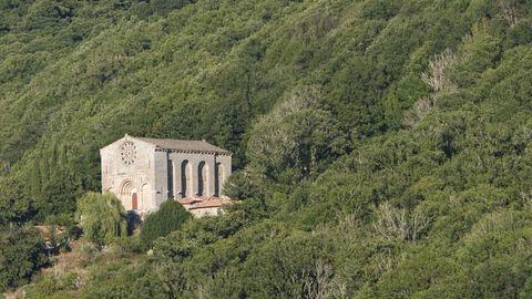 Santo Estevo de Ribas de Miño, en O Saviñao, es una de las joyas que destaca en esta ruta europea