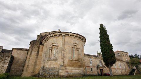 Iglesia románica y monasterio de las Bernardas de Ferreira de Pantón