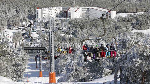Imagen de archivo de la estación de esquí de Cabeza de Manzaneda