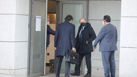 El exministro del Interior Jorge Fernández Díaz acudió hoy a declarar como investigado ante el juez de la Audiencia Nacional Manuel García-Castellón