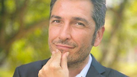 El escritor y periodista Carlos del Amor