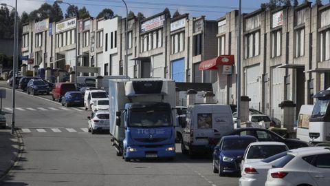 Una de las calles del polígono de Novo Milladoiro