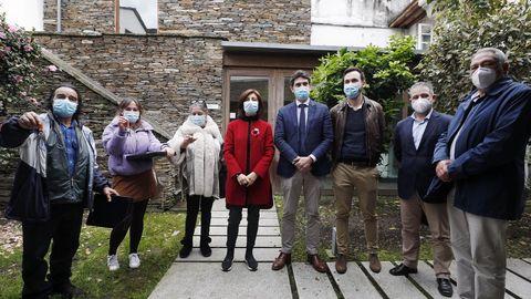Además de visitar As Gándaras, la conselleira de Medio Ambiente entregó las llaves de cinco viviendas de protección pública
