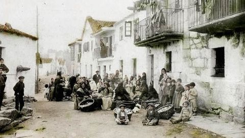 Barrio de A Moureira, en Pontevedra, en una imagen de los años veinte del siglo pasado. Ahí nació en 1855 Benito Soto, el pirata del Burla Negra con quien navegó el viveirense Nicolás Fernández Ventura