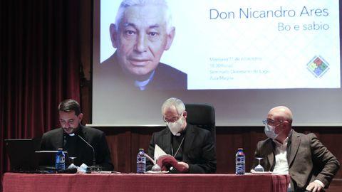 El obispo presidió el acto de presentación
