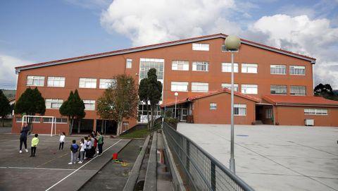 Imagen de archivo del CEIP de Palmeira, en donde Educación tiene contabilizados cinco casos y hay dos aulas cerradas