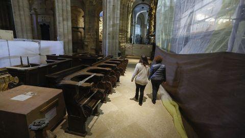 La catedral santiaguesa permanecerá cerrada al menos seis semanas y las misas se celebrarán en el Centro de Acogida al Peregrino a las 10.30 y las 12.00