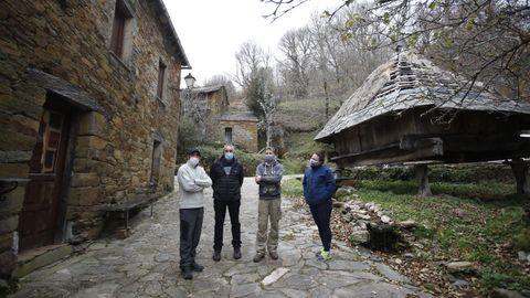 Los vecinos de Fuente de Oliva, en Balboa, solicitan formalmente el ingreso del pueblo en Galicia