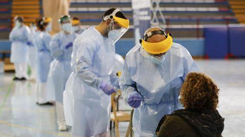 De las 848 que se hicieron la PCR en Xinzo, 7 dieron positivo en coronavirus