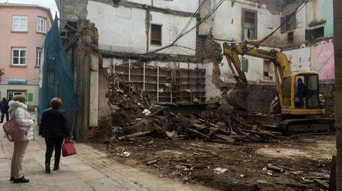 Las obras de derribo del inmuebles y vaciado de los escombros ya finalizaron