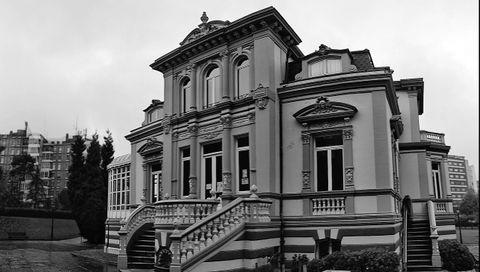 Villa Magdalena (Villa Julia cuando fue construida), en una imagen actual. Es de propiedad municipal y se usa como biblioteca