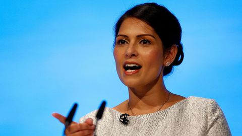 La ministra de Interior británica, Priti Patel