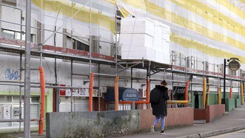 En el barrio de Pelamios los vecinos aseguran que hay al menos cinco viviendas okupadas, de las que una acaba de ser desalojada