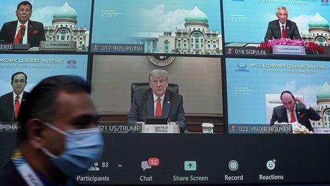 Donald Trump reapareció este viernes para participar en la cumbre virtual del Foro de Cooperación Asia Pacífico (APEC)