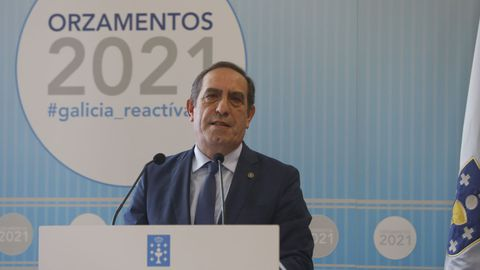 El conselleiro de Facenda, Valeriano Martínez, durante la presentación de los Orzamentos para el 2021