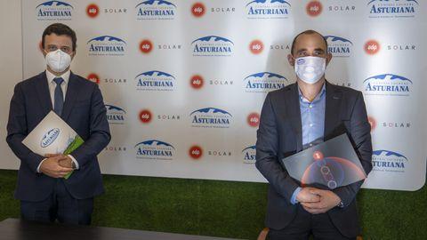 El presidente de Central Lechera Asturiana, Alberto Álvarez, y el diirector Comercial de EDP España, Miguel Fonseca/ALBERTO MORANTE