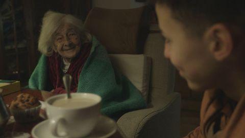 Fotograma de la película «Amor sin ciudad», dirigida por Pedro Sara y Violeta Pagán