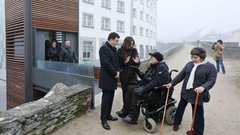 El conselleiro de Cultura y la alcaldesa de Lugo inauguran el ascensor que da acceso a la Muralla de Lugo