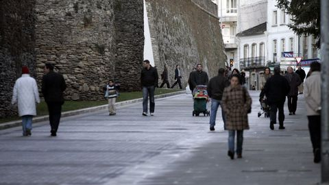 En el 2007 se hizo el primer tramo peatonal de la Ronda da Muralla