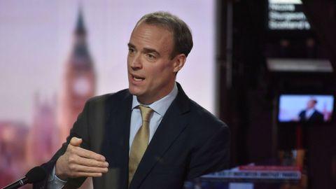 El ministro de Exteriores británico, Dominic Raab, durante la entrevista en la BBC