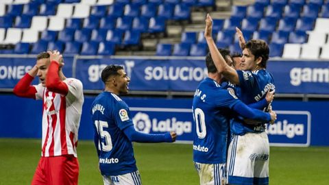 Blanco Leschuk celebra su gol ante la UD Almería