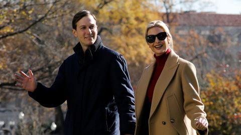 Ivanka Trump y su marido, Jared Kushner, en el jardín sur de la Casa Blanca