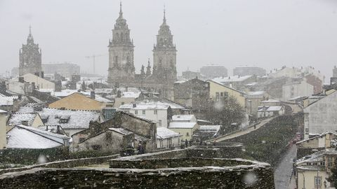 La Muralla se cubre de nieve