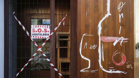 Los limianos salieron a disfrutar de la mañana del sábado una vez levantadas las restricciones más fuertes. La hosteleria ya puede abrir hasta las 11 de la noche.