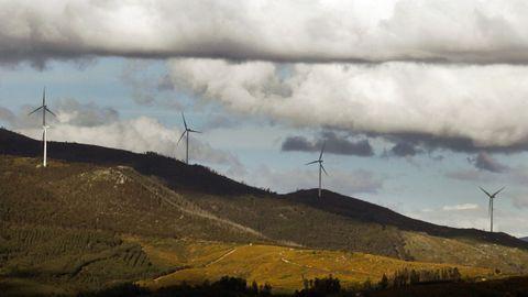 Las primas a las renovables (como la energía eólica) las dejarán de pagar los consumidores