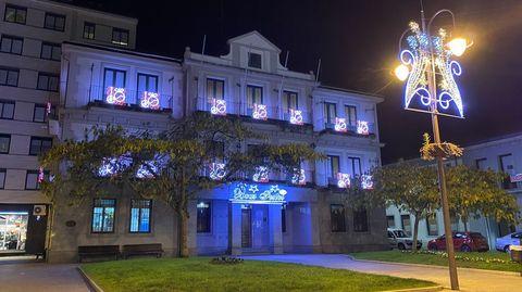 O Barco encendió la iluminación navideña a finales de noviembre