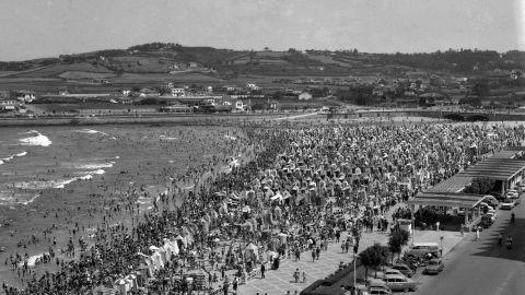 XUNETU. Playa de San Llorienzo, 1962