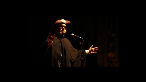 El actor y humorista Carlos Santiago, en una de sus actuaciones