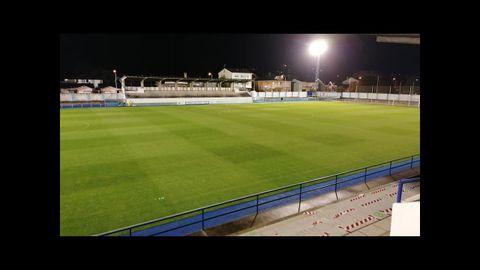 Tras una profunda renovación, el estadio Pepe Barrera de Ribadeo se estrena en el LXIX Emma Cuervo