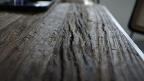 La madera proviene del aserradero de Outes Hijos de Vicente Suárez