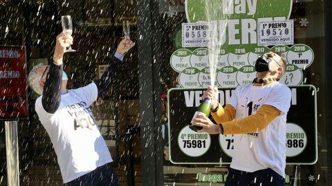 Lotería del Niño 2021 en Galicia: Primer y tercer premio en la administración de lotería la X de la suerte de Porriño