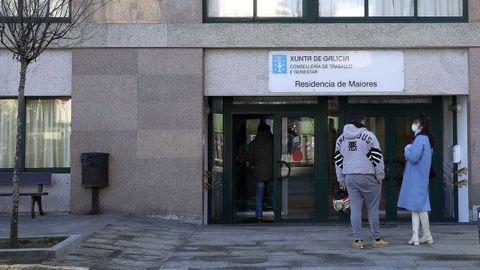 La cifra de contagiados en la residencia de Ribeira llegó a 66 personas