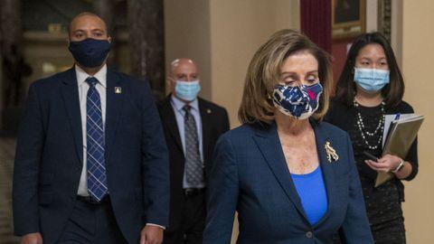Nancy Pelosi a su llegada al Capitolio